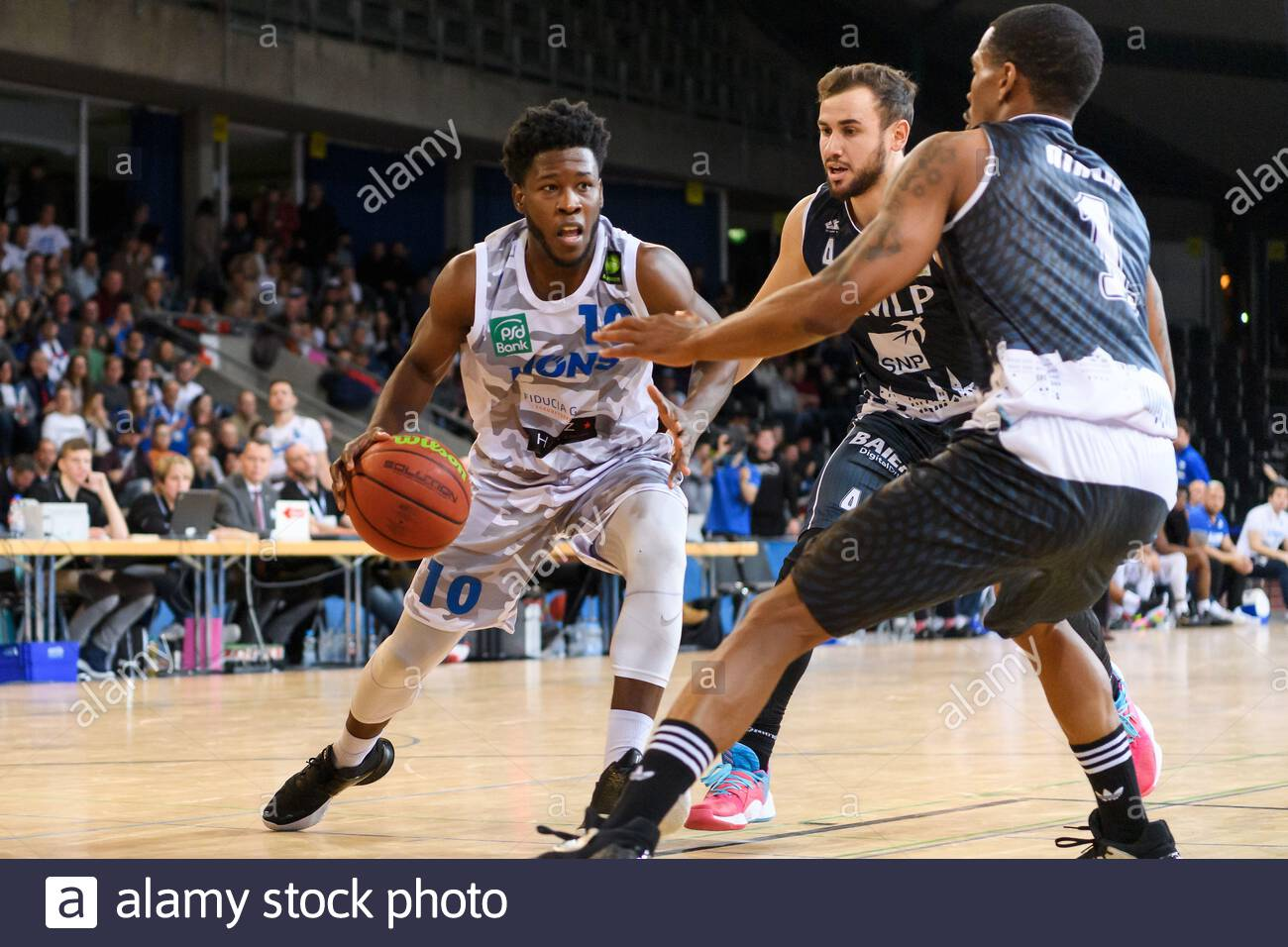 Germany: K.C. Ross-Miller ends the season with 13.5 PPG and 6.5 APG